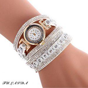 Women Quartz Rhinestone Leather Band Wristwatch